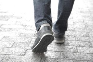 立ち仕事の人の足の治療
