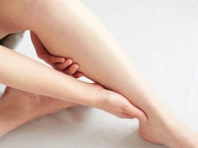 足底筋膜炎とふくらはぎのマッサージ