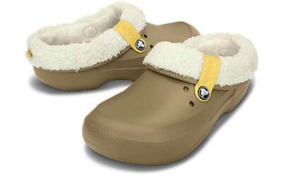 足底筋膜炎でおすすめの靴はクロックス
